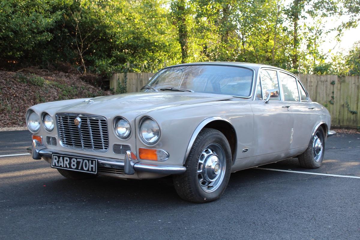 Jaguar 4.2 XJ6 1970 - South Western Vehicle Auctions Ltd